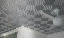 Актуальность окрашенного потолка